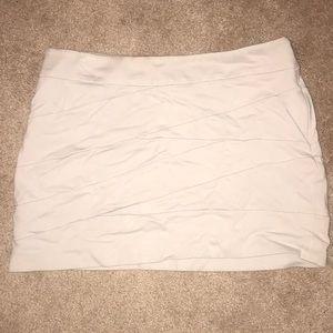 Express Size 6 Nude Skirt